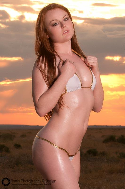 Scarlett sizzling under the fiery sky!